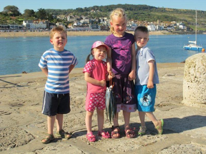 a-family-mackerel-catch-9-main