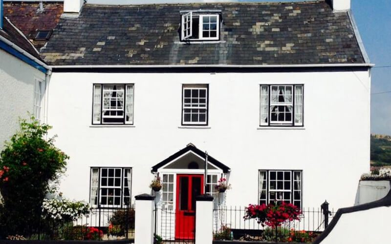 The White House, Lyme Regis